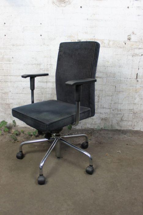 Verstelbare Bureaustoel Zwart.Bulo Bureaustoel Verstelbaar Zwart Bs10