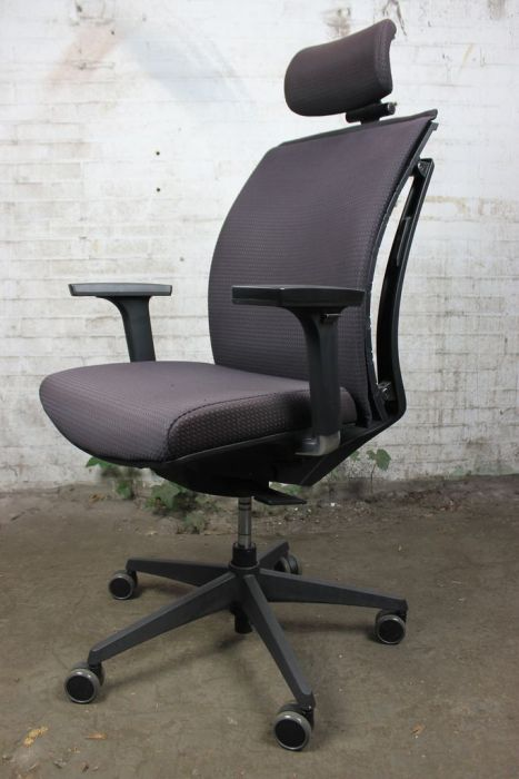 Bureaustoel Met Neksteun.Arti Chair Bureaustoel Gebruikt Zwart Hoofdsteun